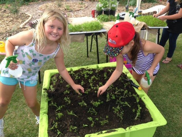 Garden-Planting-Duo
